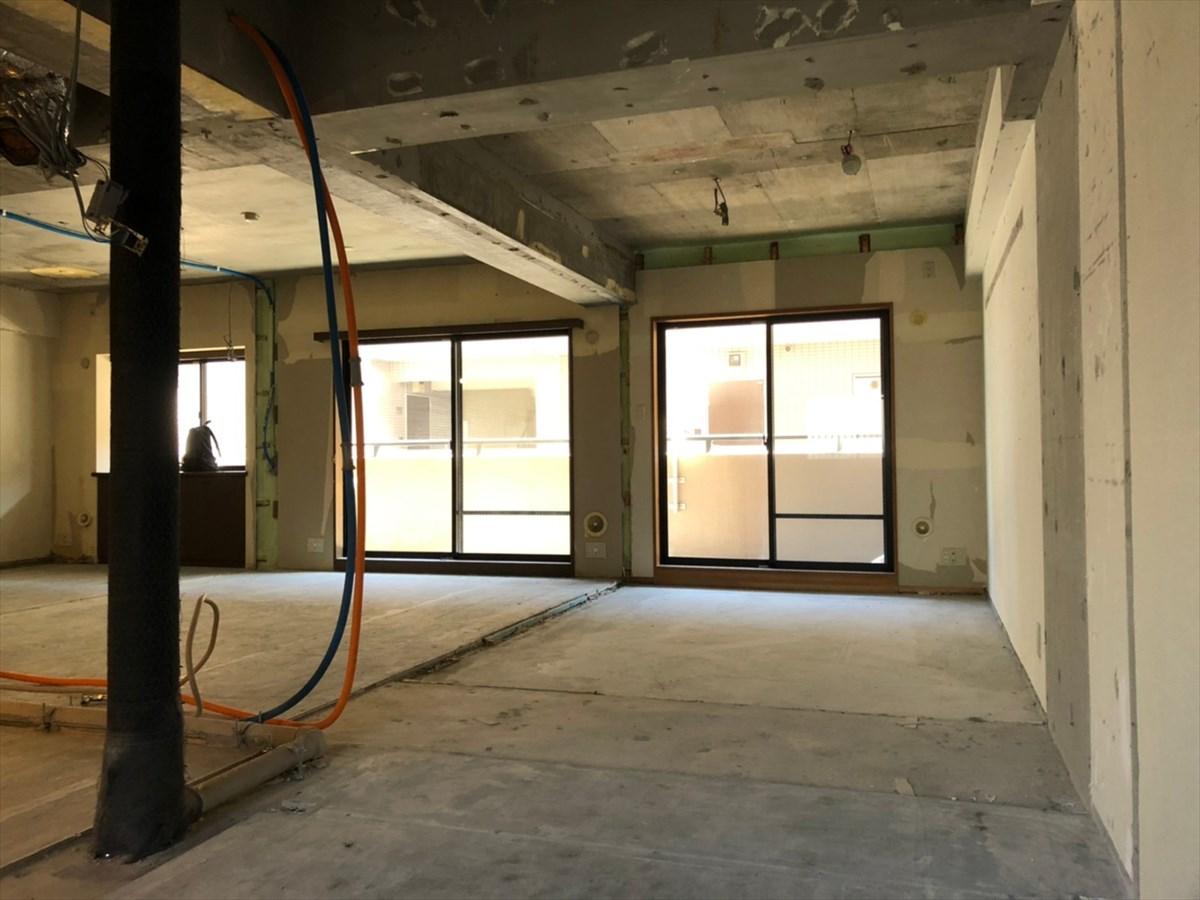 解体してスケルトン状態のマンション|横浜リノベーション
