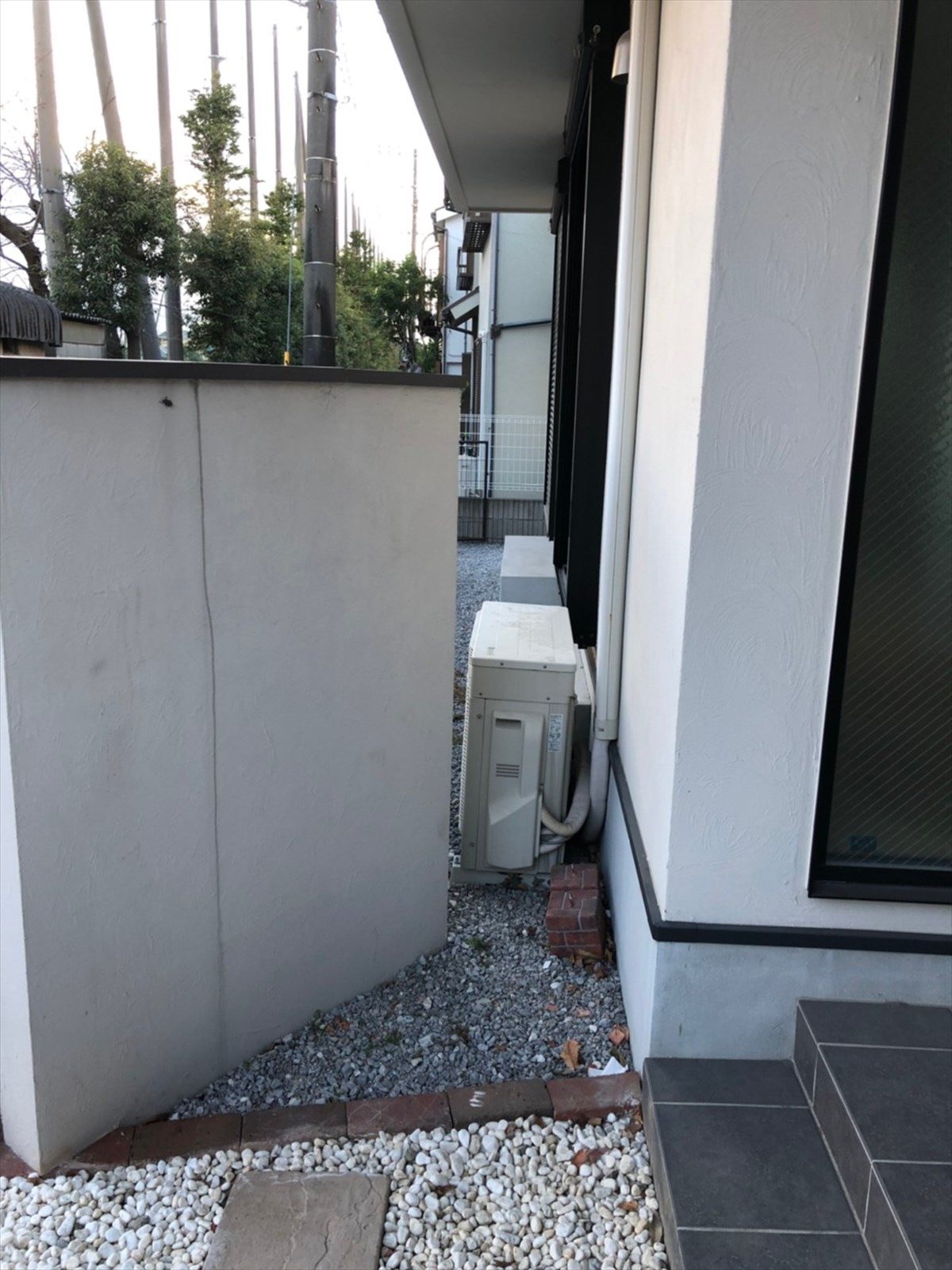 表札がある壁をとる前|横浜リノベーション