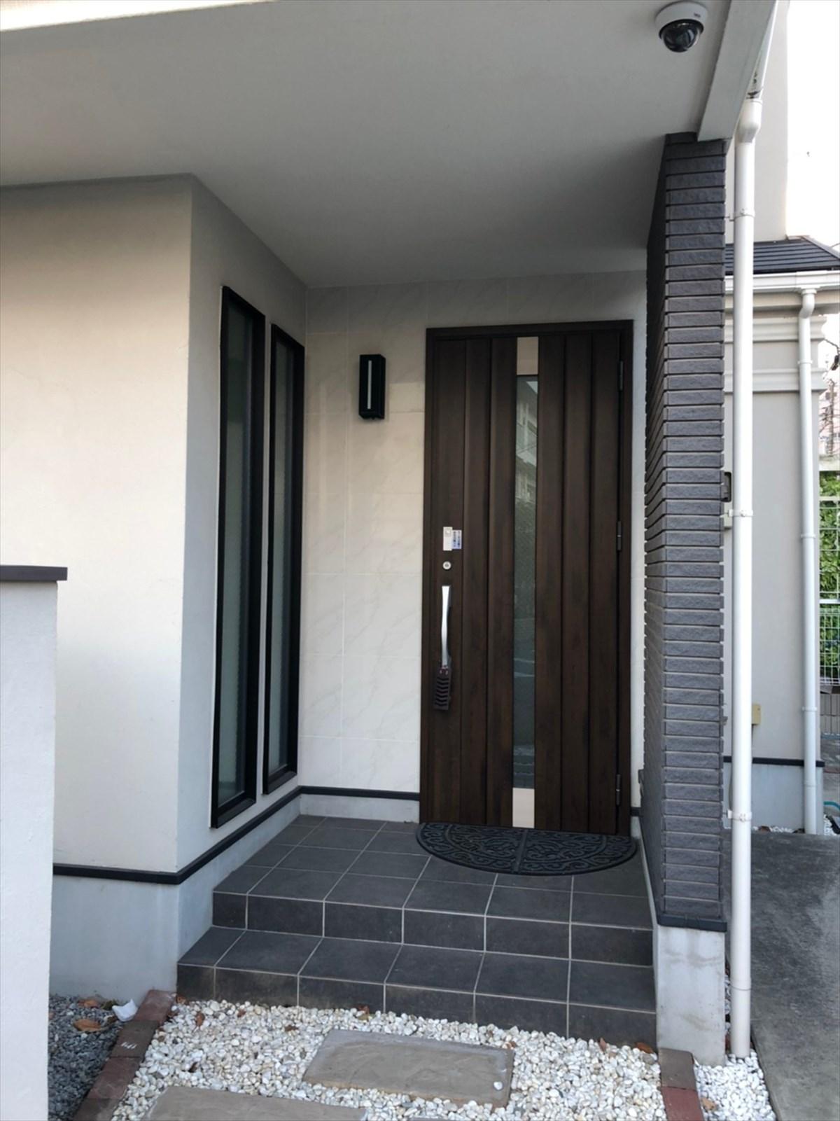 交換前の玄関ドア|横浜リノベーション
