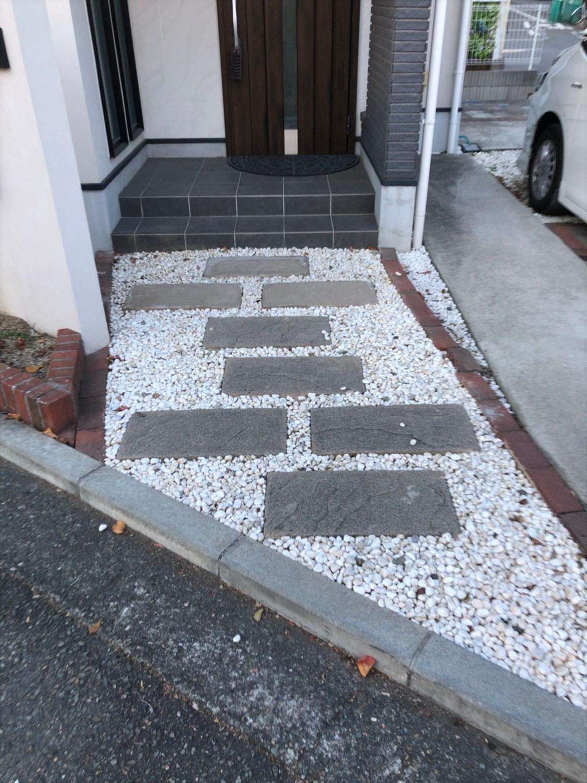 玄関アプローチのリノベーション前|横浜リノベーション