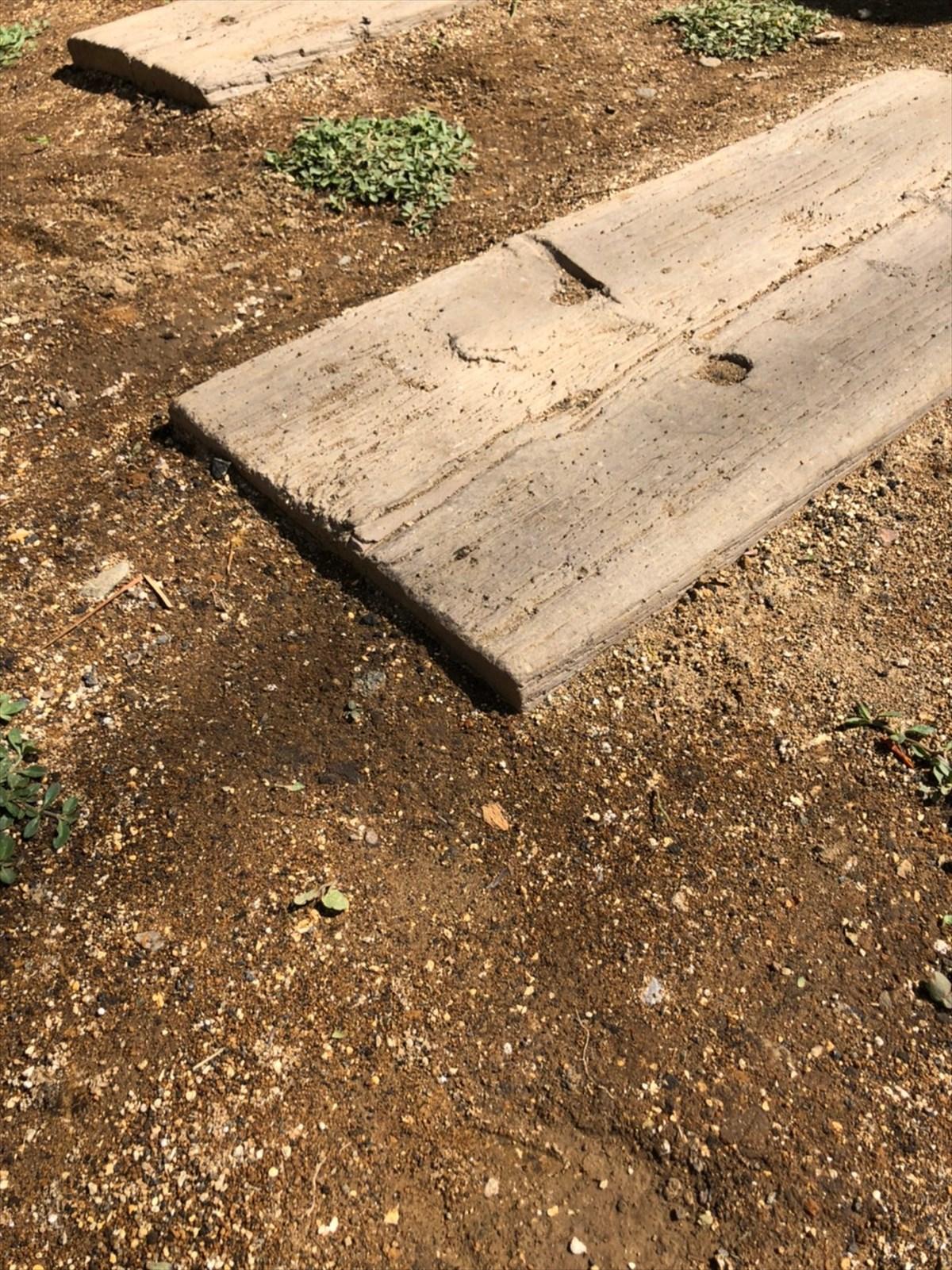 古材と土、グリーンでナチュラルな玄関ポーチへリノベ|横浜リノベーション