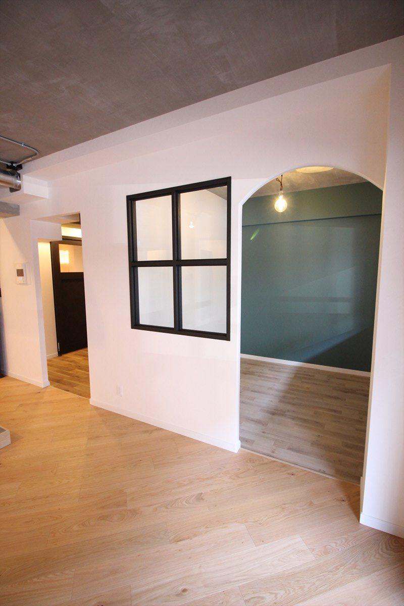 LDKが見える室内窓を造った半個室|横浜リノベーション