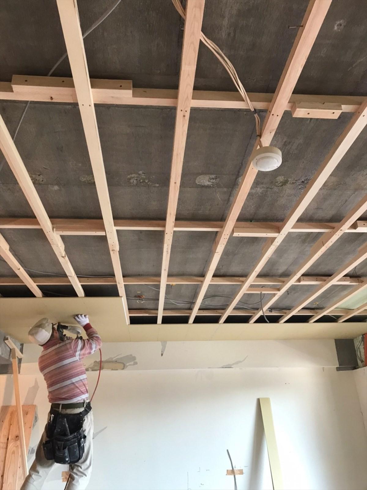 天井の基礎を施工|横浜リノベーション