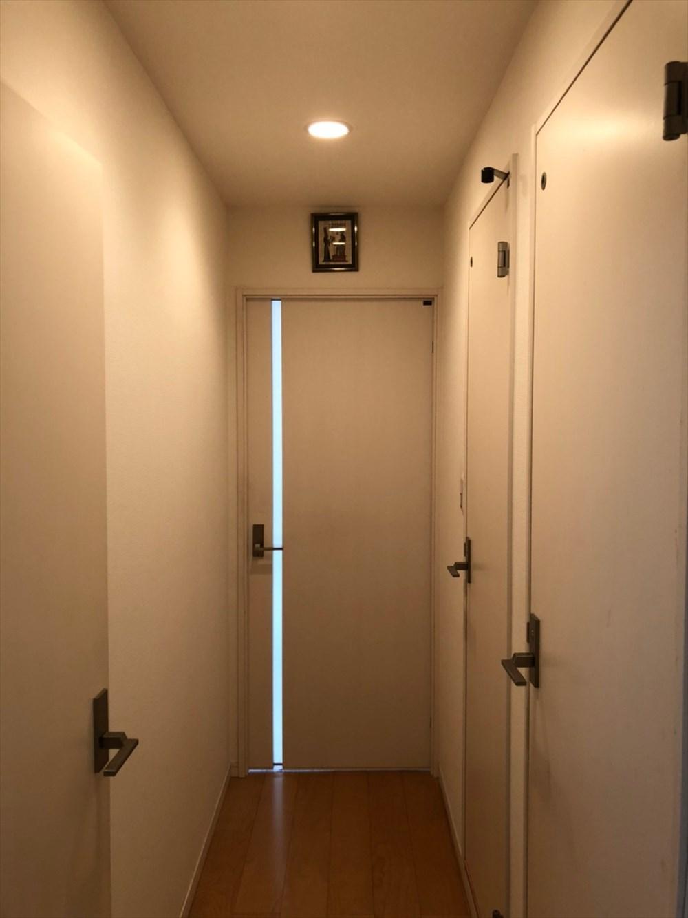 扉の閉まり方、採光の確認 リノベーション横浜