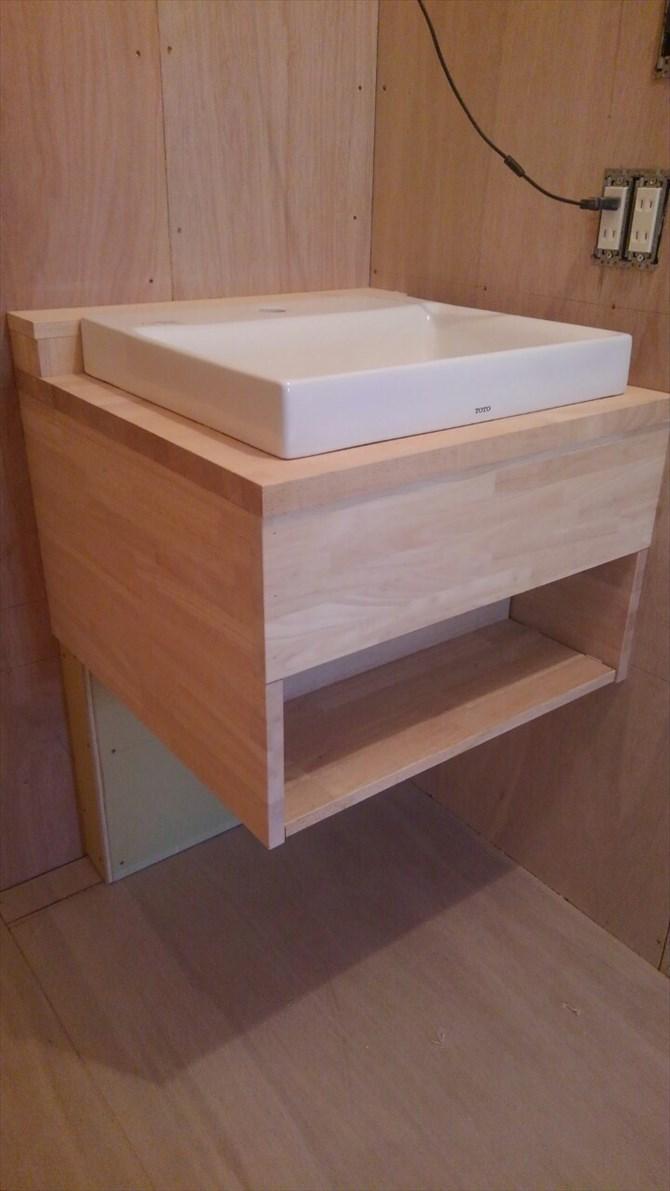 コンパクトな造作洗面台|リノベーション横浜