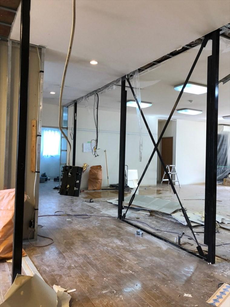撤去後の壁|リノベーション神奈川・横浜市