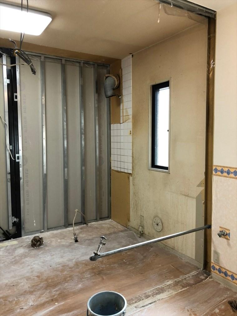 キッチンのフルリノベーション・撤去後の画像|リノベーション神奈川・横浜市