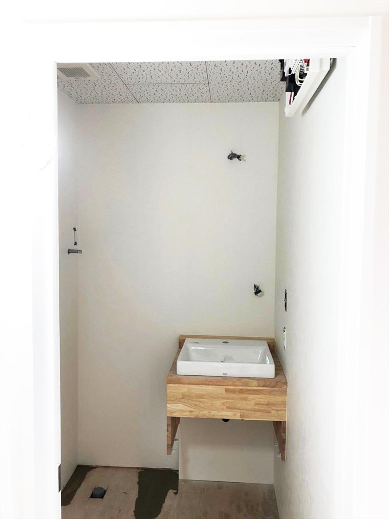 コンパクトな造作洗面台 リノベーション横浜